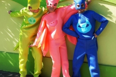 eroi-petreceri-pijamale